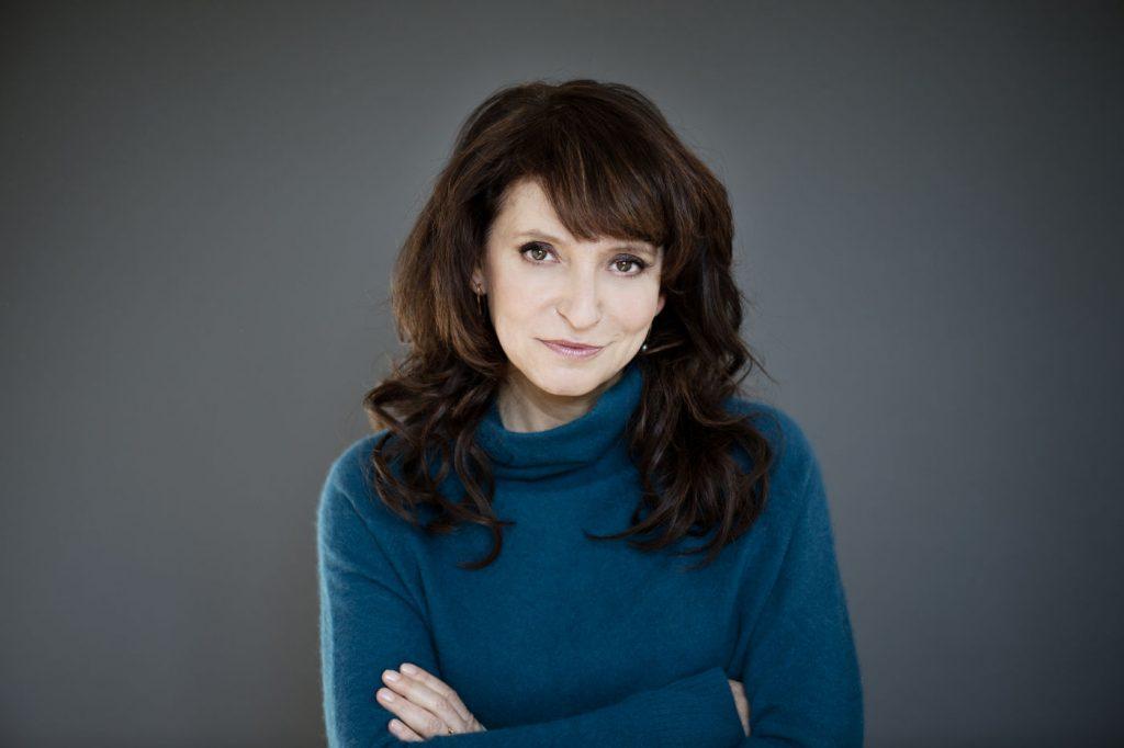 Сузане Биер